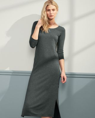 Easy Three-Quarter-Sleeve Knit Dress