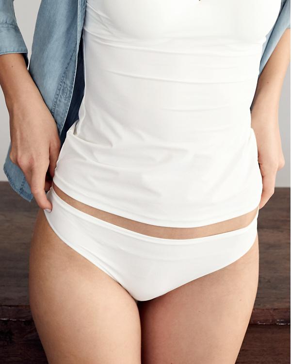 821fab443d0 Hanro Allure Bikini Panty