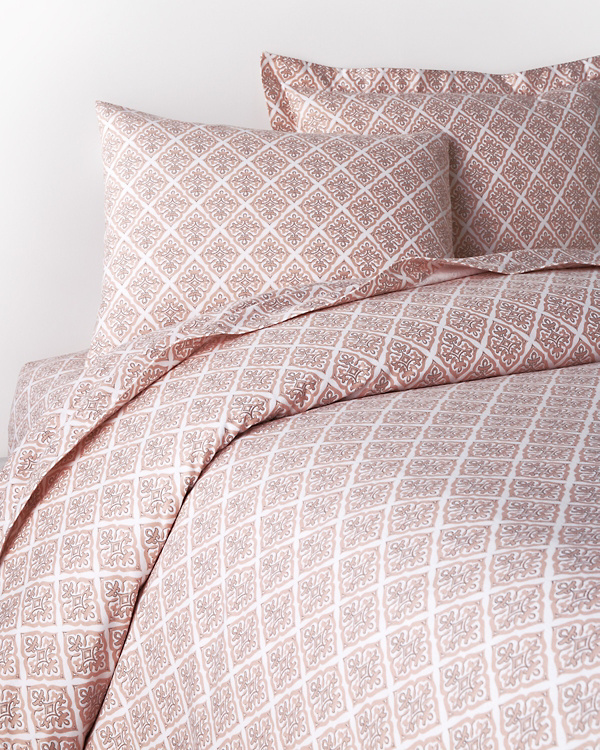 garnet hill signature tile flannel bedding garnet hill. Black Bedroom Furniture Sets. Home Design Ideas