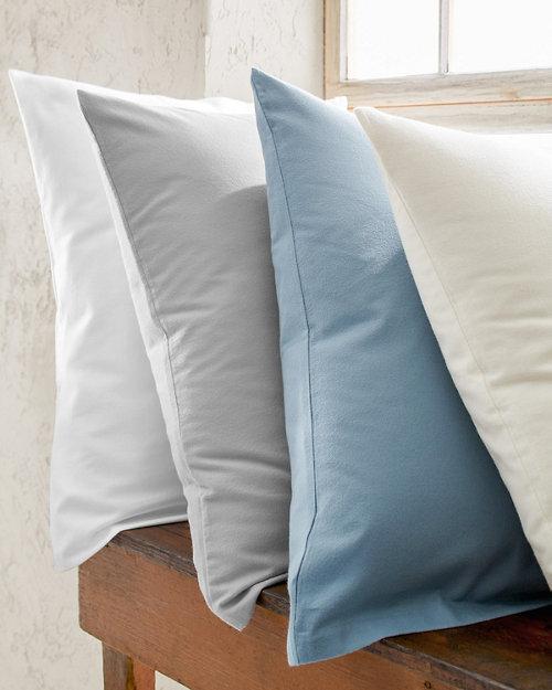 d612c0b3050 Lightweight Brushed Organic-Cotton Flannel Bedding