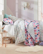 Bailey Diamond Quilt and Sham