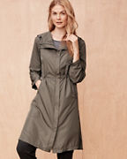 Lightweight Cinched Trench