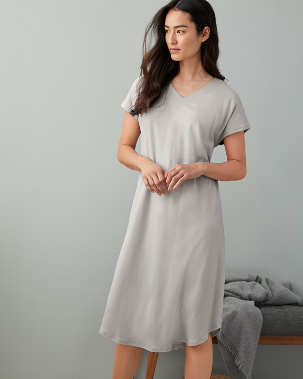 6e068ee218 EILEEN FISHER Organic-Cotton Stitched-Trim Gown
