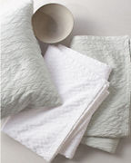 EILEEN FISHER Crinkle Organic-Cotton & TENCEL™ Coverlet and Sham