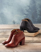 Frye Nora Short Zip Booties