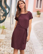 Short-Sleeve Tie-Waist Dress